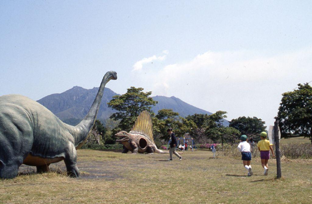青空のもと、愛犬と一緒に公園で楽しもう!九州の公園10選!