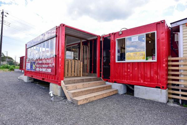 大型犬歓迎 リピーターが多いドッグランとカフェ